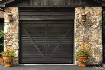 Sectional garage doors (7)